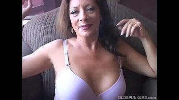 Mobile porn Cute chubby brunette loves to play with her body ...
